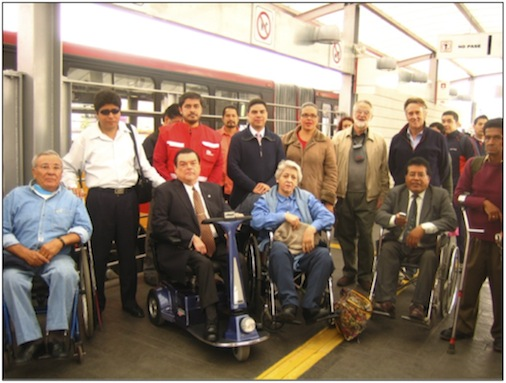 Mexico City: Persons with disabilities meet with Bus Rapid Transit staff